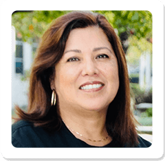 Star, RiverPark Dentistry front office administrator